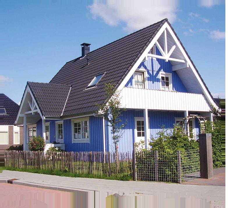 houten huis geverft scandinavische stijl verf blauw